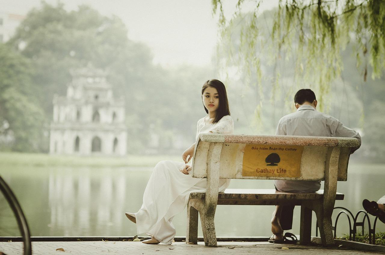 Helpt regressietherapie bij relatieproblemen?